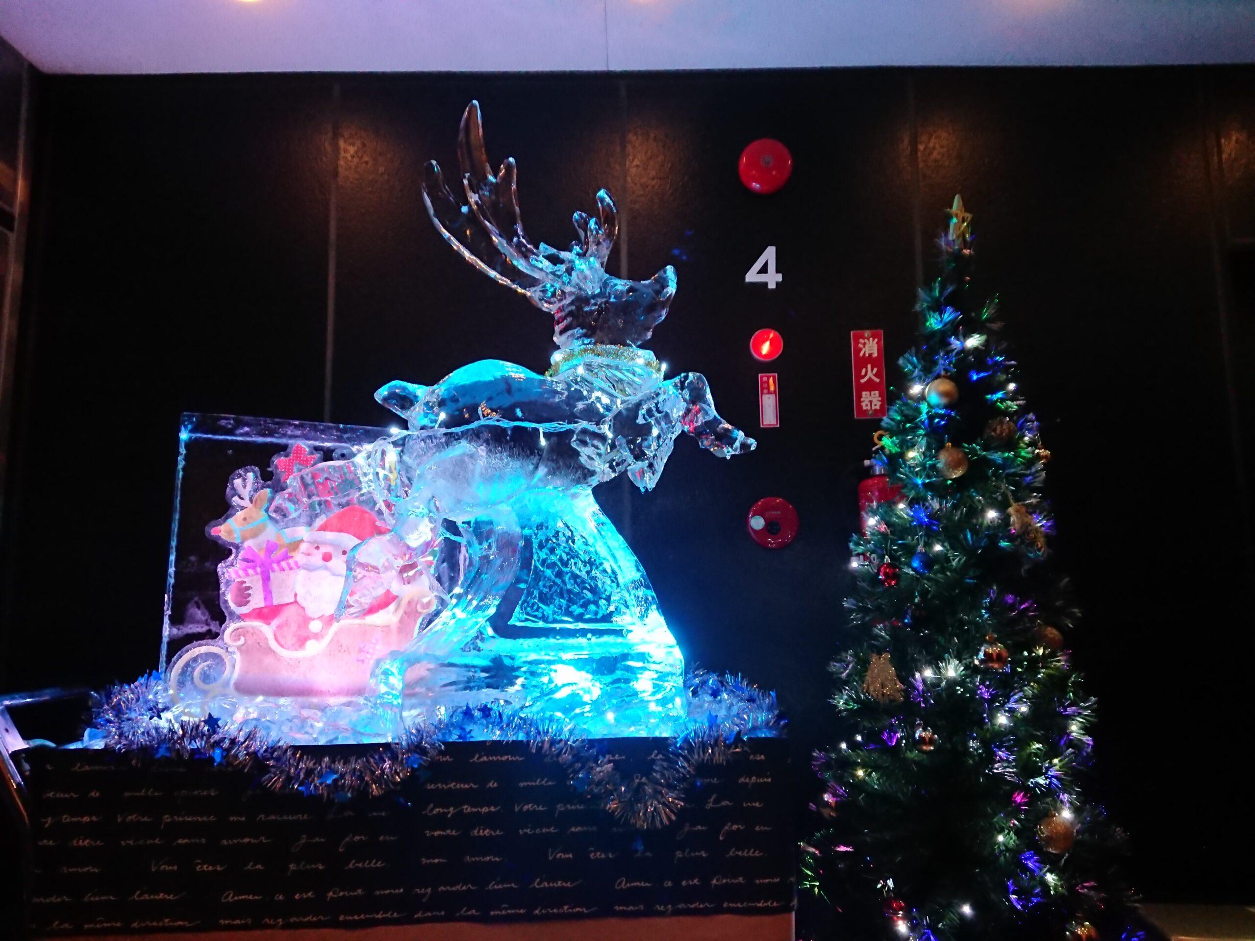 クリスマス氷彫刻